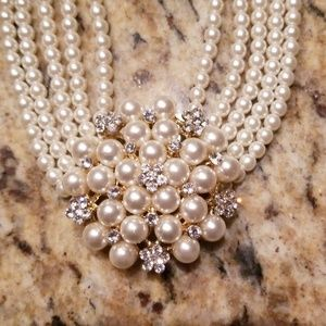 Beautiful white pearl necklace